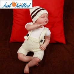 Newborn knitted white outfit