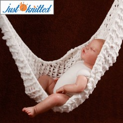 Crochet-Baby-White-Hammock-2