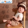 Knitted-Knot-Hat-and-Pants-Set-3