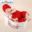 Newborn-crochet-baby-costume-set-red-hat-and-pants-2