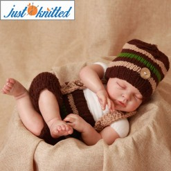 baby-crochet-outfits-2-color-stiped-beanie-2