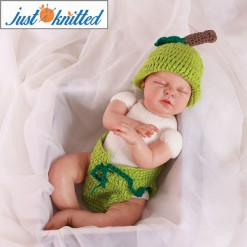 newborn-baby-twins-outfit-crochet-apples-green-and-red-2